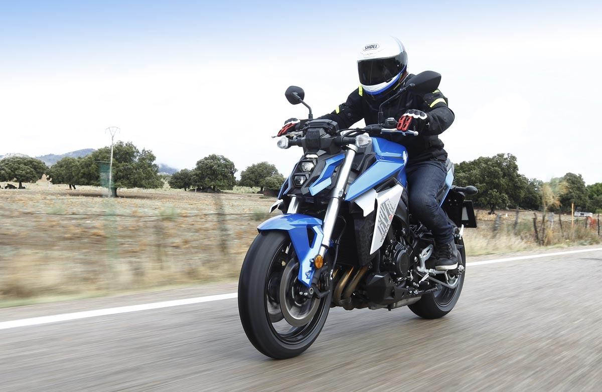 Prueba Suzuki GSX-S950 35 kW/70 kW (image)
