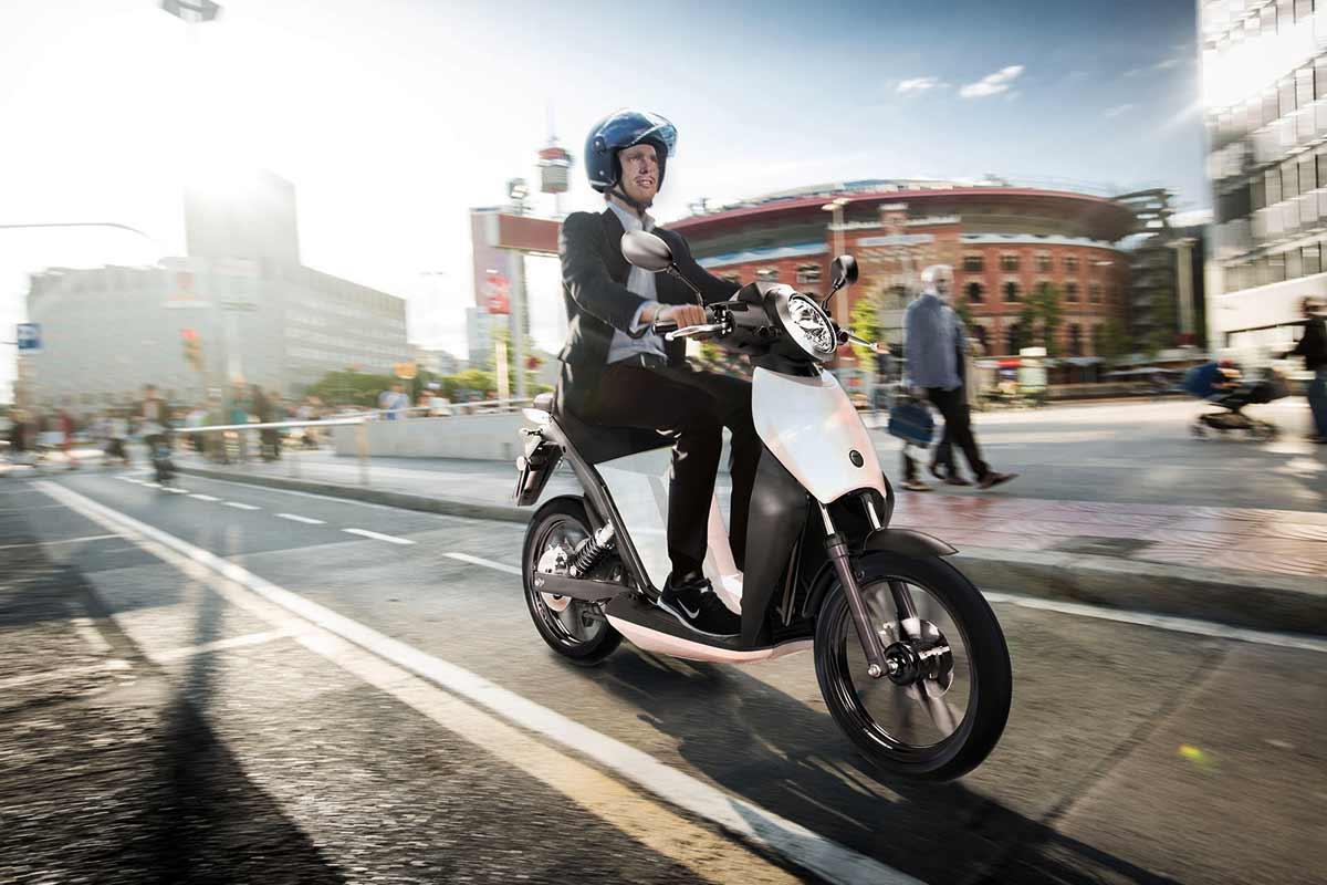 Hasta 700 euros de ayuda para los ciclomotores eléctricos en la Comunidad de Madrid (image)