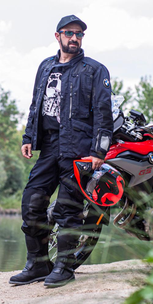 equipamiento adventure bmw 2021 traje