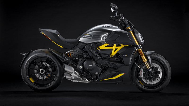 Ducati Diavel 1260 S black steel 2022 03