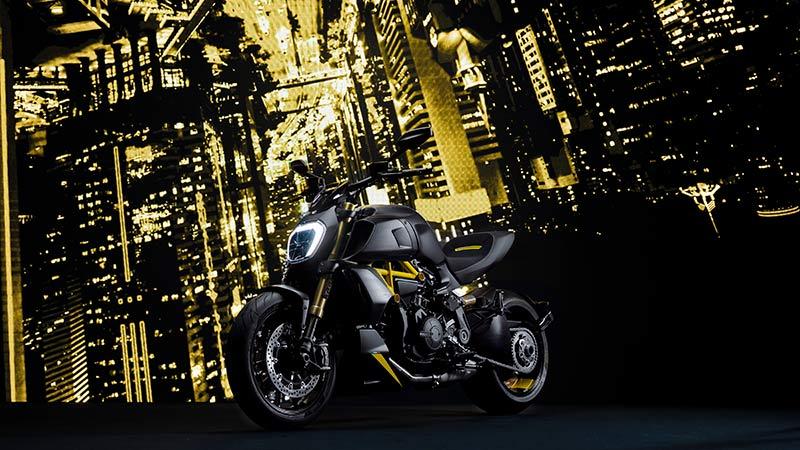 Ducati Diavel 1260 S black steel 2022 04