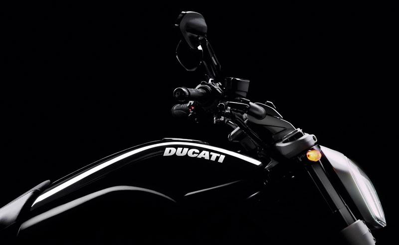 Hasta 1.700 € de ahorro con el Ducati Black Friday (image)