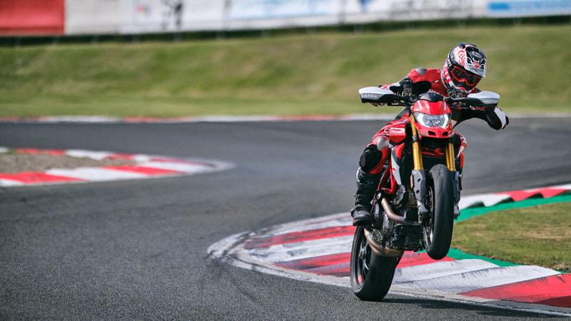 Ducati Hypermotard 950 SP 2022 03