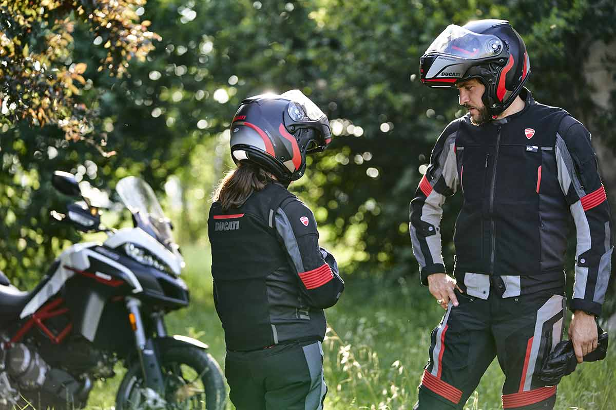 Ducati Smart Jacket: chaleco con airbag (VIDEO) (image)