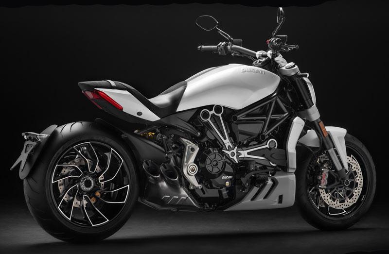 Nuevos colores para las Ducati XDiavel S e Hypermotard 2018 (image)