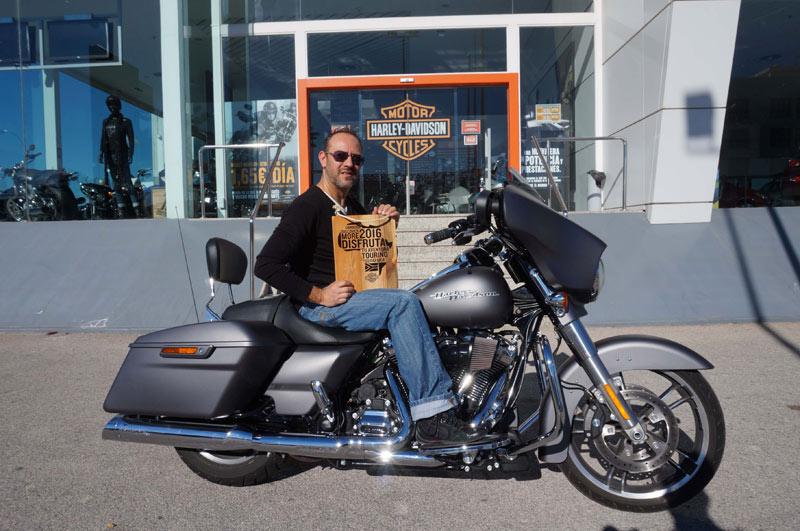 El alicantino Rubén Bernabéu, ganador de un viaje por Sudáfrica con una Harley-Davidson (image)