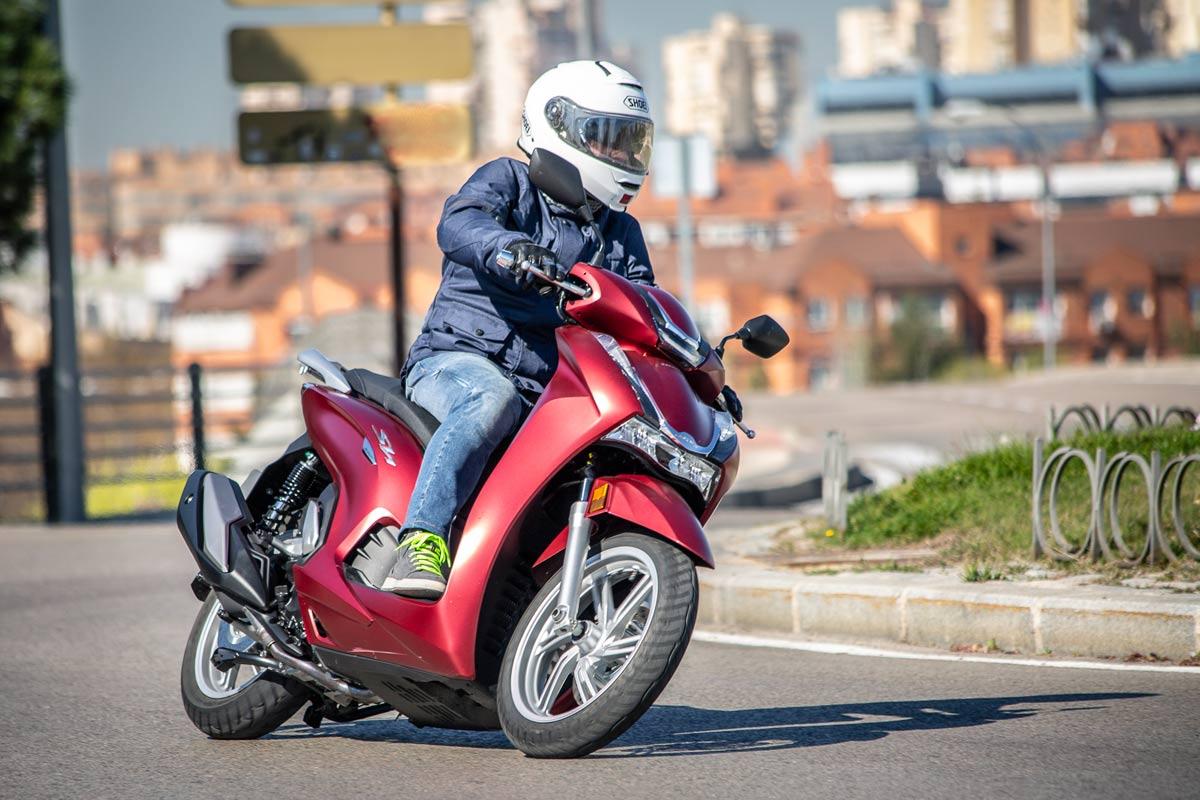 Prueba Honda SH350 2021 (image)