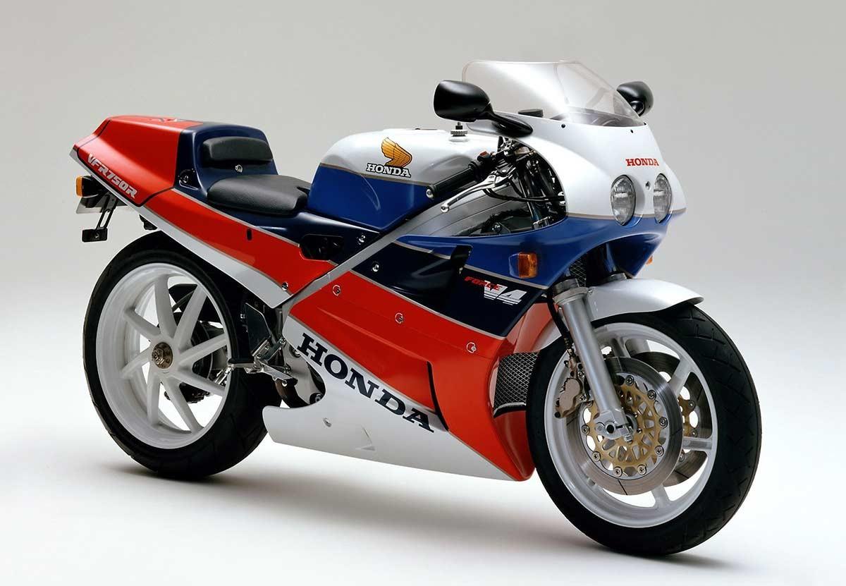 Honda 'RC30 Forever': ahora en Europa   (image)