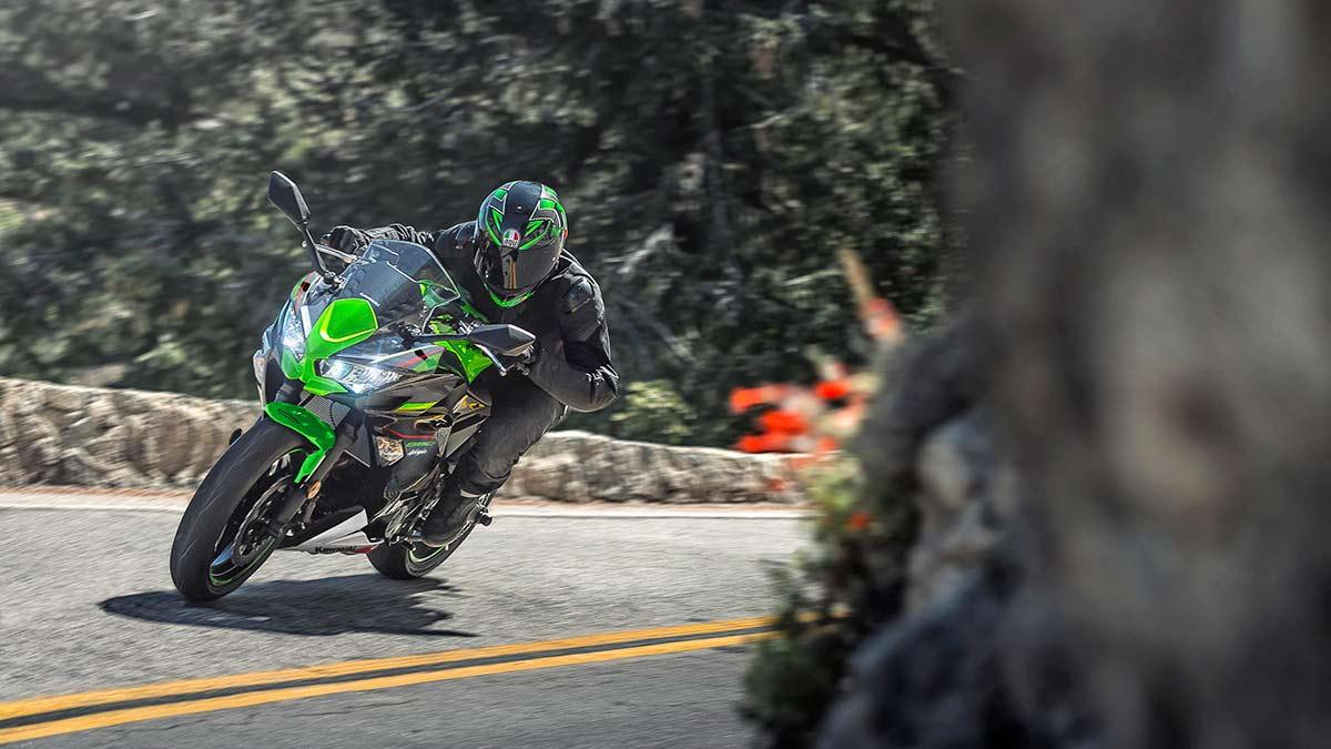 Novedades Kawasaki 2021: las bicilíndricas de 650 Ninja, Z y Versys estrenan colores (image)