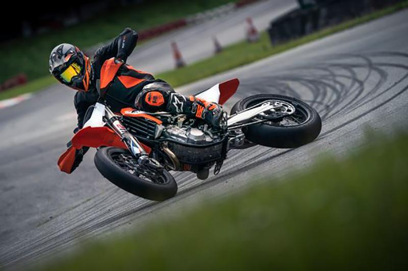 KTM 450 SMR 2021 03