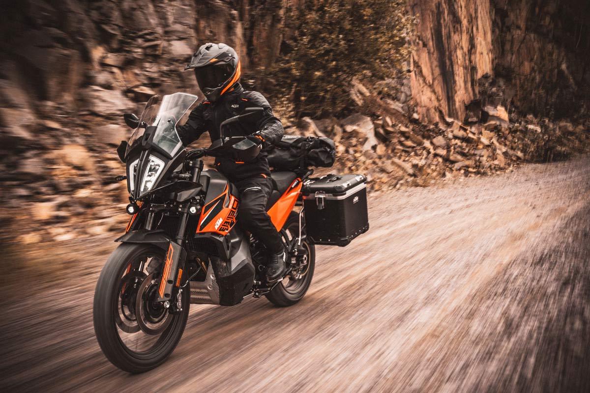 Las mejores motos trail y adventure de media cilindrada 2021 (image)