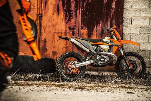 KTM 300 EXC TPI 2021 02