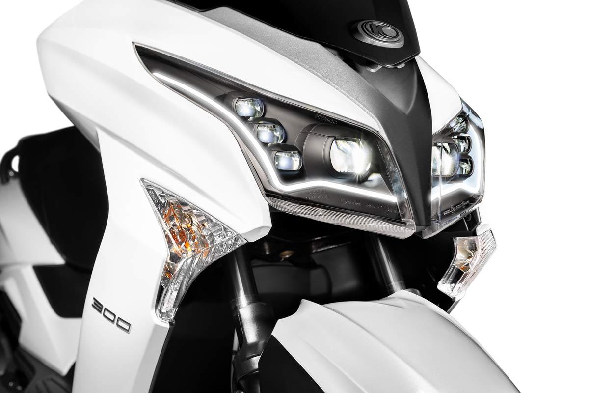 Kymco Grand Dink 300 2021: mejor iluminación y Euro5 (image)