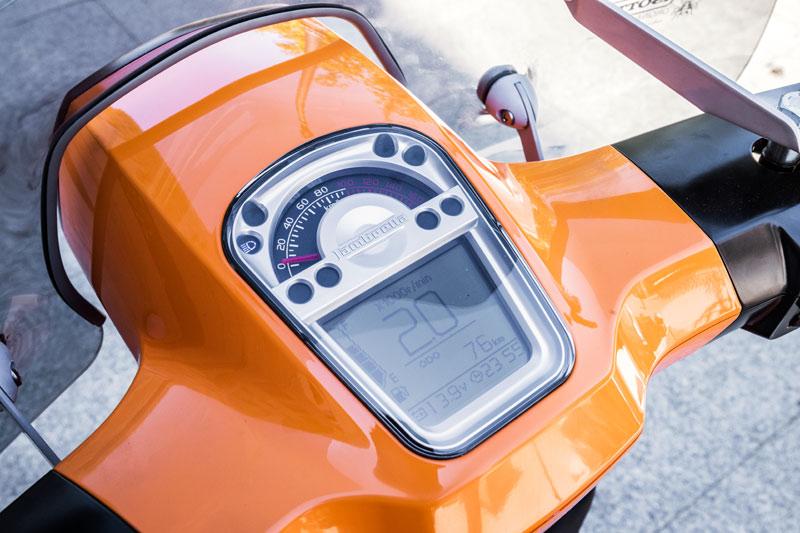 prueba lambretta v special 125 instrumentacion