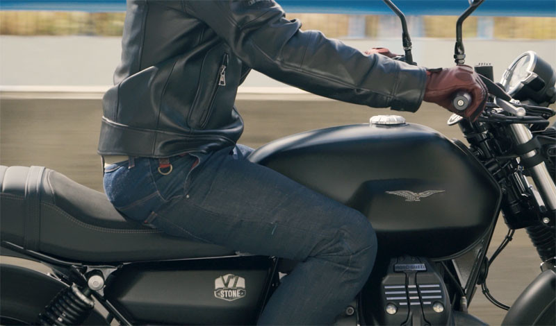 prueba moto guzzi v7 2021 accion texto 1