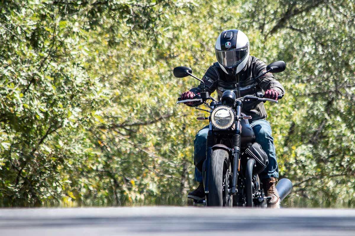 Prueba Moto Guzzi V7 III Stone Night Pack (image)