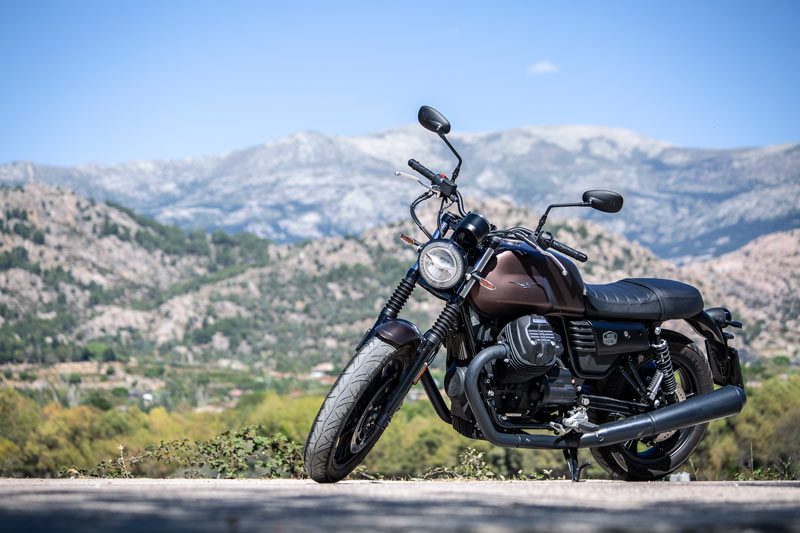 moto guzzi v7 iii stone 2020 prueba estaticas 01
