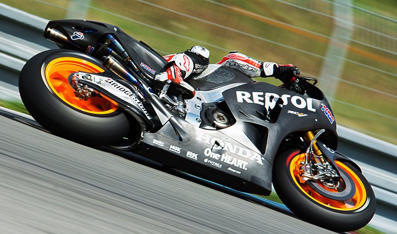 honda-rcv-motogp-2015-test-brno-2014
