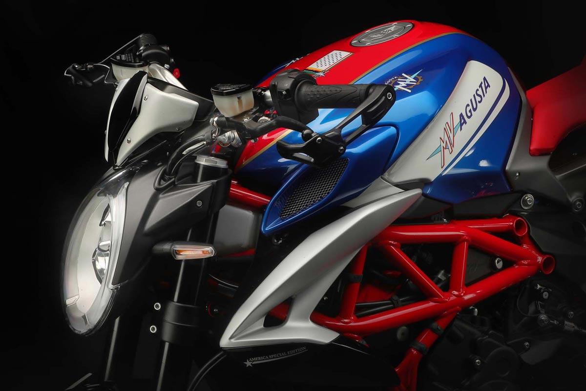 MV Agusta te regala hasta 1.500 € en accesorios originales (image)