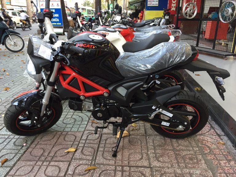 La mini Ducati Monster que se vende en Vietnam (image)