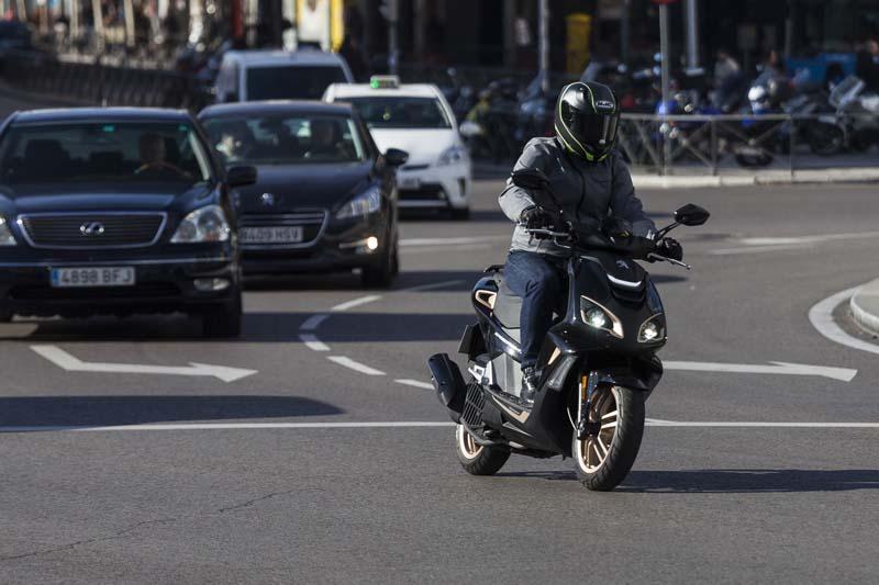 Madrid incluye las motos en las restricciones por alta contaminación (image)