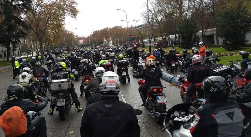 """Éxito de la manifestación """"Madrid en moto sí"""" (image)"""
