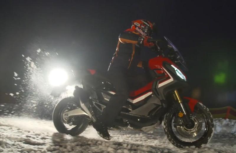 Márquez, a tope con la X-ADV en la nieve (image)