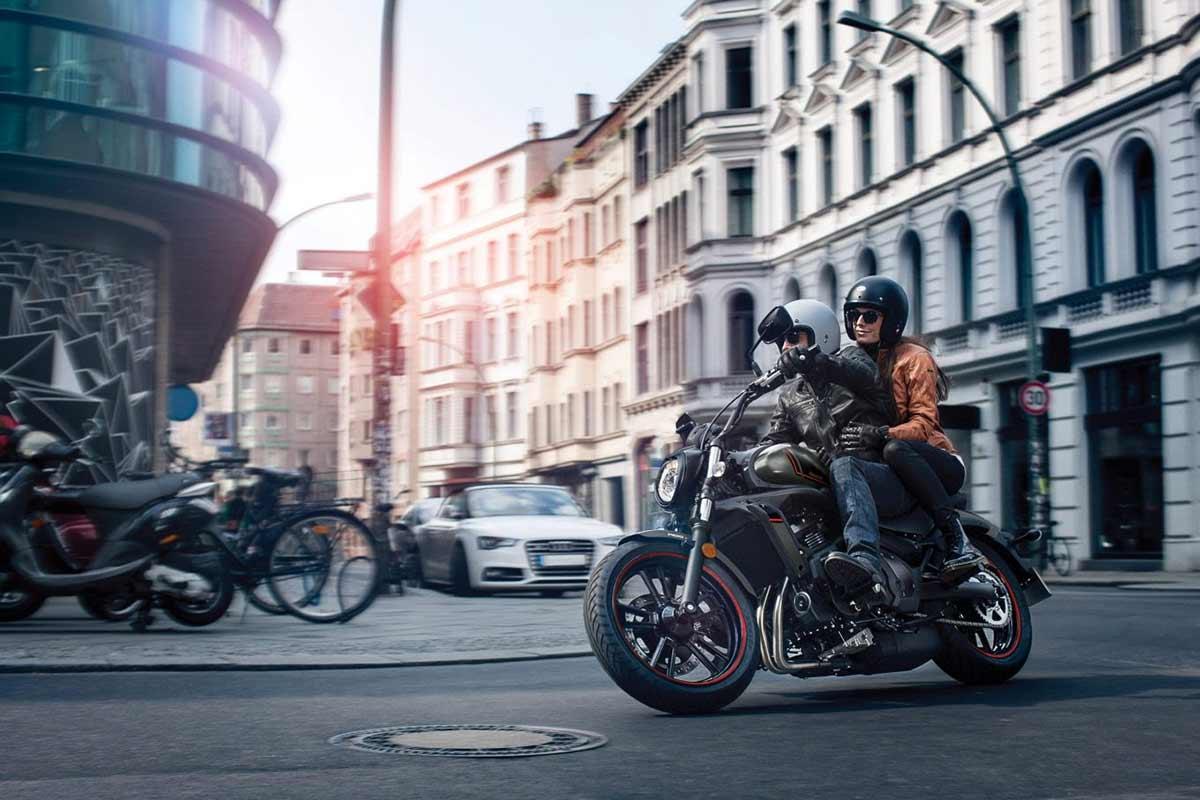 Consejos para circular en moto por la ciudad  (image)