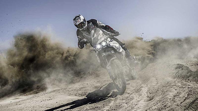 Ducati DesertX 2022 0001