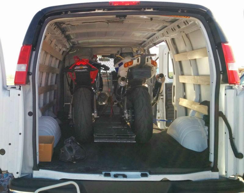 moto cargar furgoneta 5