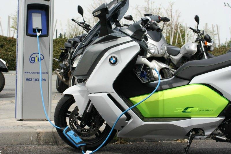 Plan Movea 2017: ayudas para la moto eléctrica (image)