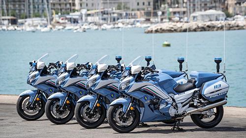 yamaha fjr1300ae policia italiana 02