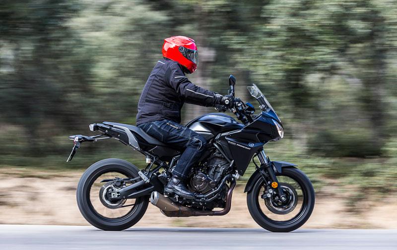 Yamaha Tracer 700 en acción