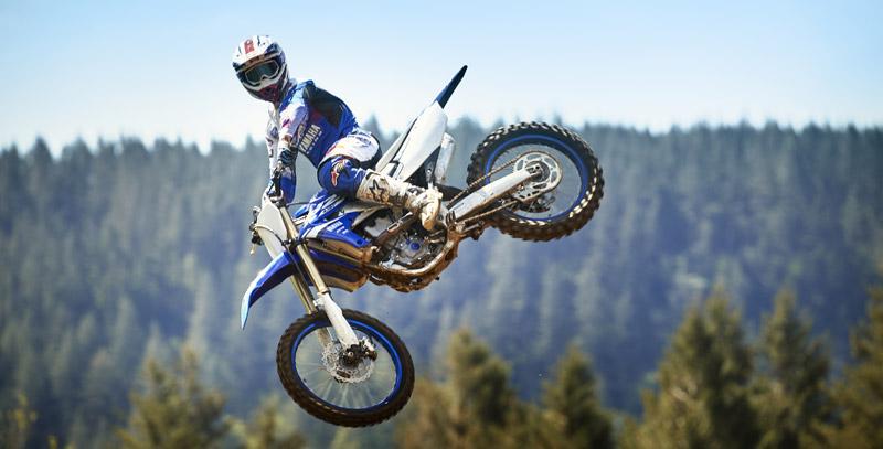 Yamaha presenta la nueva YZ450F 2018 de motocross (image)
