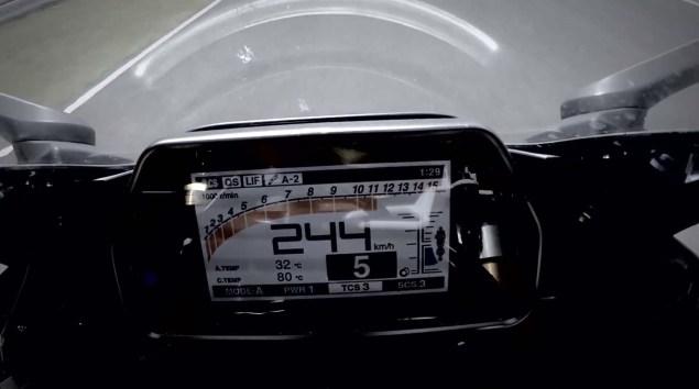Más detalles de la nueva Yamaha YZF- R1 2015 (vídeo) (image)