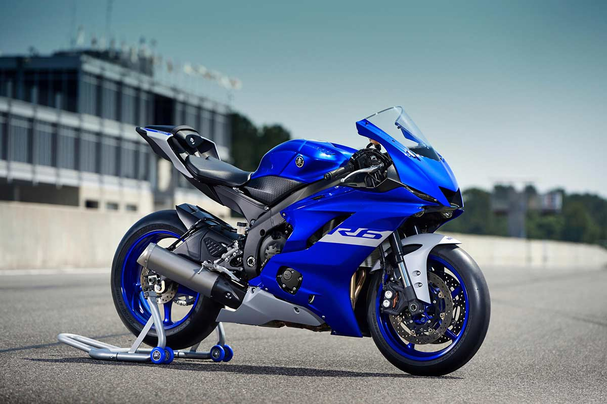 Yamaha YZF-R6 RACE 2021: solo para circuito (image)