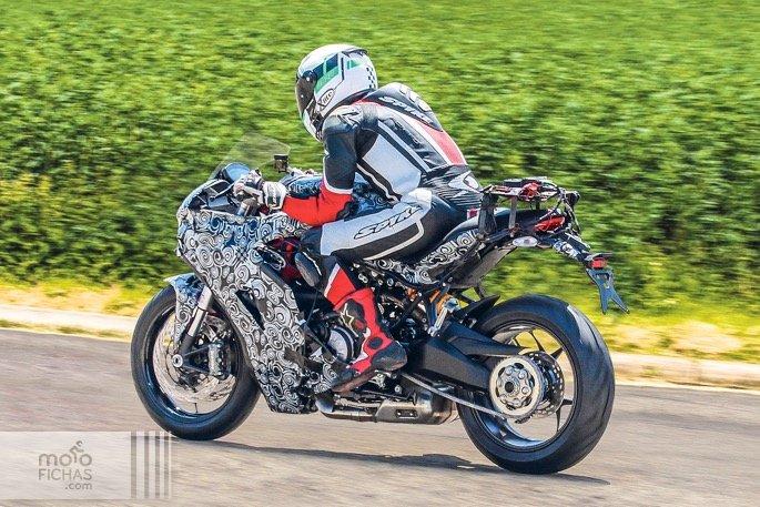 Ducati 939 SuperSport 2017 1