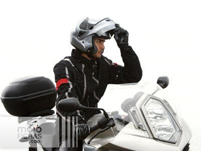 ¿Te pueden multar por circular con tu casco modular abierto? (image)