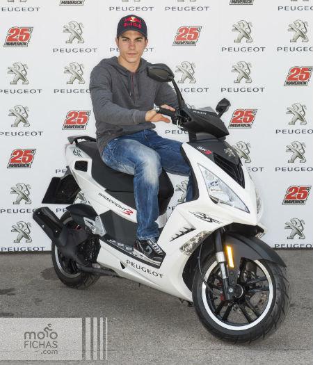Maverick Viñales Peugeot Speedfight3