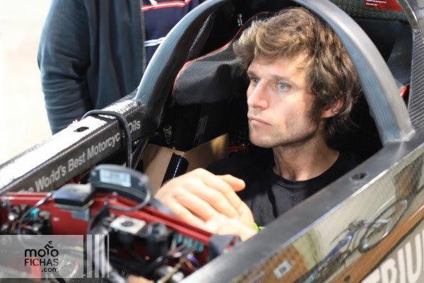 Triumph busca batir los 605 km/h con Guy Martin (vídeo) (image)