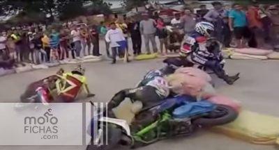 Carreras hardcore de scooters en Asia (vídeo) (image)