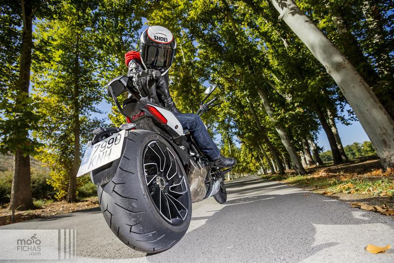 Prueba Ducati XDiavel S: ¡Y tú qué miras! (image)
