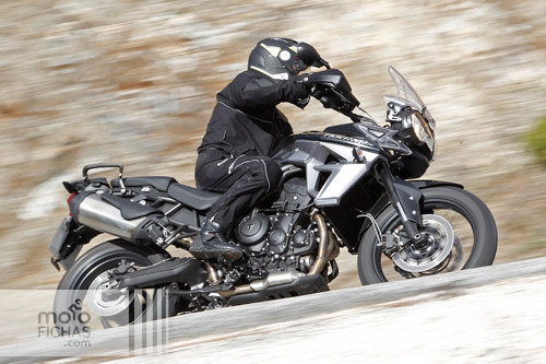 prueba-triumph-tiger-800-XC-2015-accion