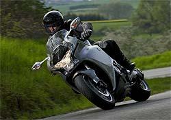 Llega la versión con doble embrague de la Honda VFR 1200F (image)