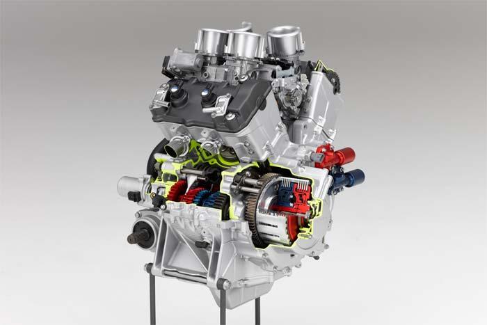 honda-vfr-1200-f-motor-gran