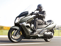 Honda lanza el nuevo SW-T 600 ABS, un GT de altos vuelos (image)