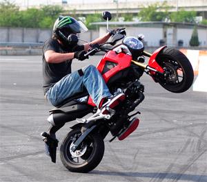 msx_125_stunt