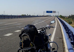 El tráfico en las autopistas de peaje cae cerca de un 10% en 2012 (image)