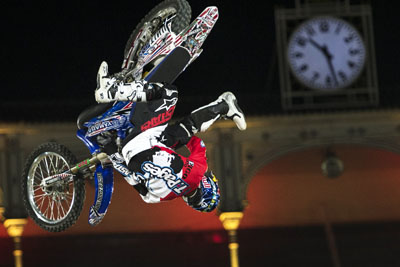 red_bull_x-fighters_2013_04