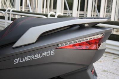 keeway-silverblade-detalle-lateral